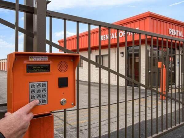 Public Storage - Merrionette Park - 11644 S Kedzie Ave 11644 S Kedzie Ave Merrionette Park, IL - Photo 4