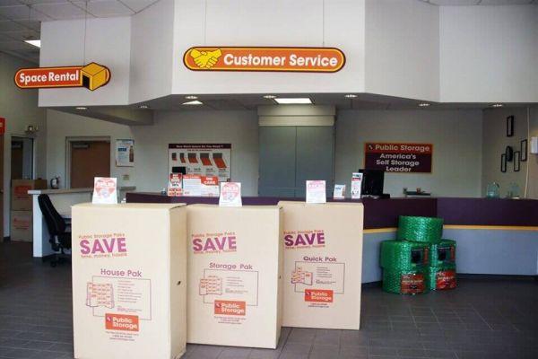 Public Storage - Birmingham - 428 Commons Drive 428 Commons Drive Birmingham, AL - Photo 2