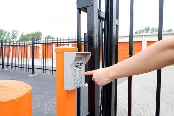 Public Storage - Carol Stream - 499 Phillips Court 499 Phillips Court Carol Stream, IL - Photo 4