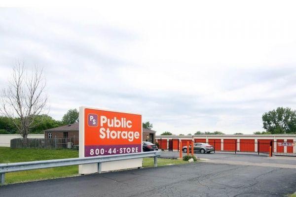Public Storage - Carol Stream - 499 Phillips Court 499 Phillips Court Carol Stream, IL - Photo 0