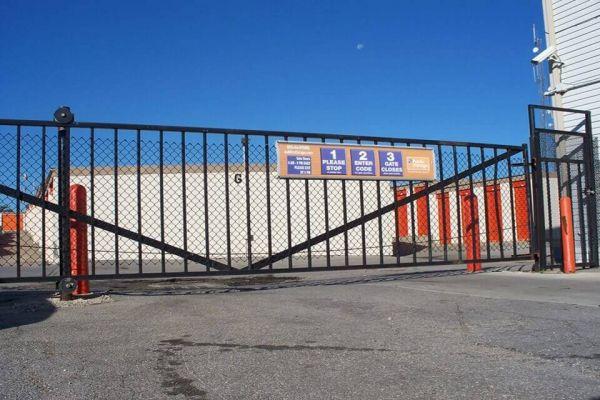 Public Storage - Kansas City - 8601 East 67th Terrace 8601 East 67th Terrace Kansas City, MO - Photo 3