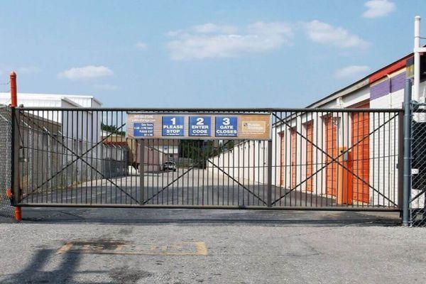 Public Storage - Shawnee - 12716 W 63rd Street 12716 W 63rd Street Shawnee, KS - Photo 3