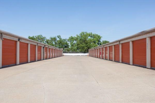 Public Storage - Wichita - 206 E MacArthur Road 206 E MacArthur Road Wichita, KS - Photo 1