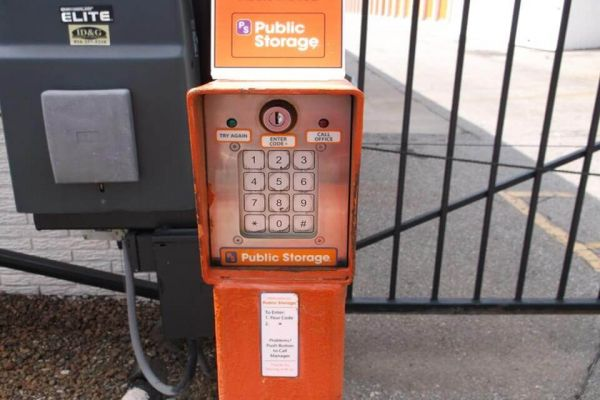 Public Storage - Kansas City - 3150 S 44th Street 3150 S 44th Street Kansas City, KS - Photo 4
