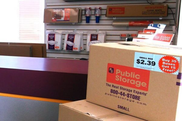 Public Storage - Kansas City - 3150 S 44th Street 3150 S 44th Street Kansas City, KS - Photo 2