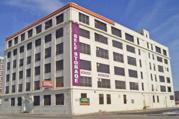 Public Storage - Chicago - 3659 S Ashland Ave 3659 S Ashland Ave Chicago, IL - Photo 0