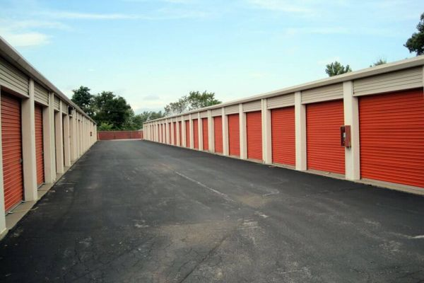 Public Storage - St Charles - 1539 S Old Highway 94 1539 S Old Highway 94 St Charles, MO - Photo 1