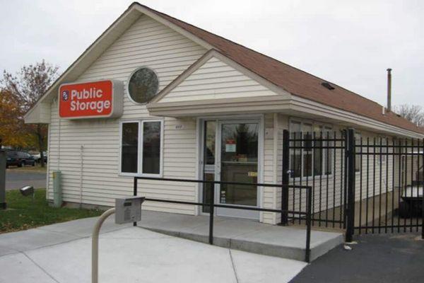 Public Storage - Brooklyn Park - 8517 Xylon Ave N 8517 Xylon Ave N Brooklyn Park, MN - Photo 0