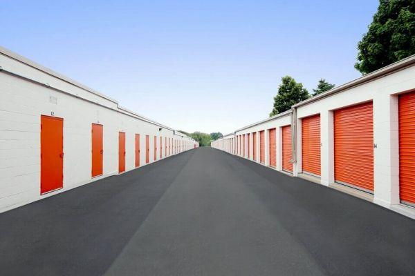 Public Storage - Arlington Heights - 903 E Algonquin Road 903 E Algonquin Road Arlington Heights, IL - Photo 1