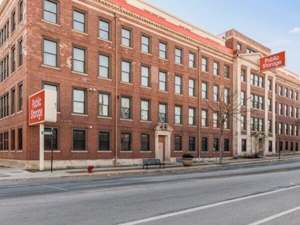 Public Storage - Chicago - 2101 W Howard Street 2101 W Howard Street Chicago, IL - Photo 0