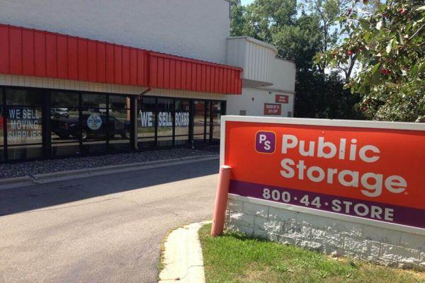 Public Storage - Edina - 4425 West 77th St 4425 West 77th St Edina, MN - Photo 0