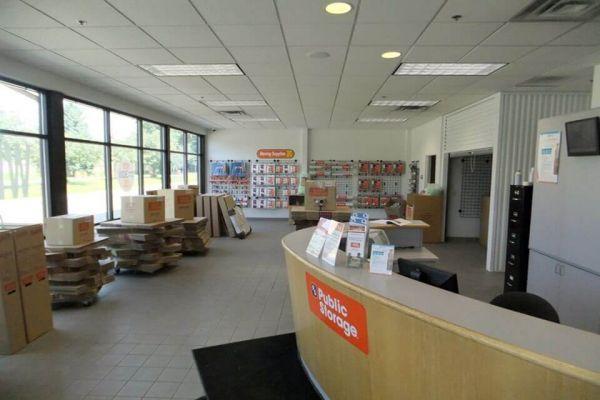 Public Storage - Edina - 4425 West 77th St 4425 West 77th St Edina, MN - Photo 2