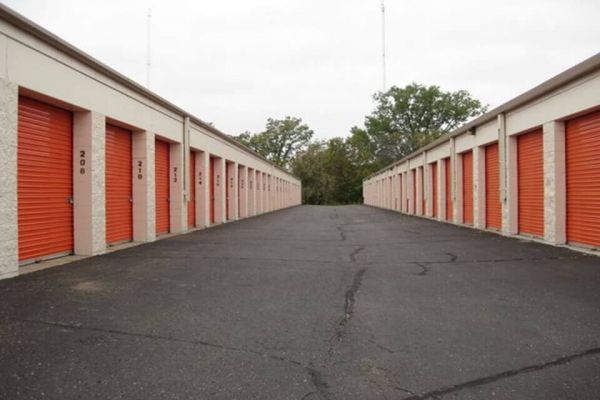 Public Storage - Brooklyn Park - 7800 73rd Ave N 7800 73rd Ave N Brooklyn Park, MN - Photo 1