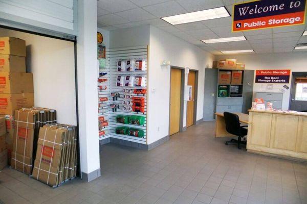 Public Storage - Burnsville - 14250 W Burnsville Parkway 14250 W Burnsville Parkway Burnsville, MN - Photo 2