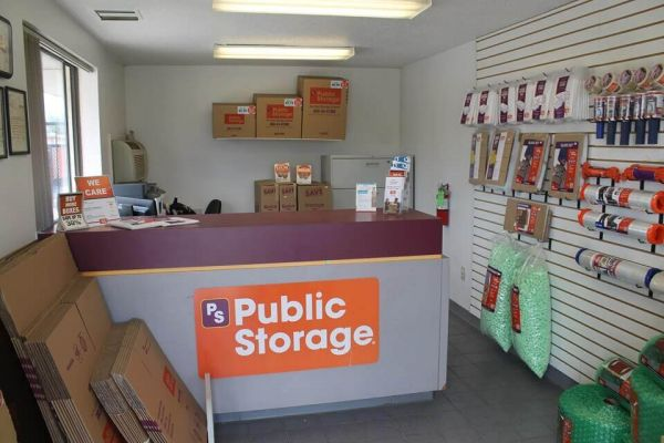 Public Storage - Milwaukee - 900 W Layton Ave 900 W Layton Ave Milwaukee, WI - Photo 2
