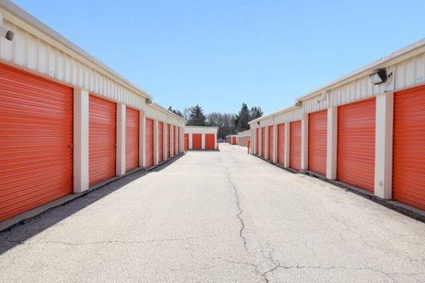 Public Storage - Hanover Park - 1000 E Lake Street 1000 E Lake Street Hanover Park, IL - Photo 1
