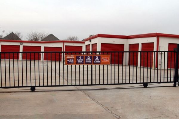 Public Storage - Edmond - 2201 NW 192nd St 2201 NW 192nd St Edmond, OK - Photo 3