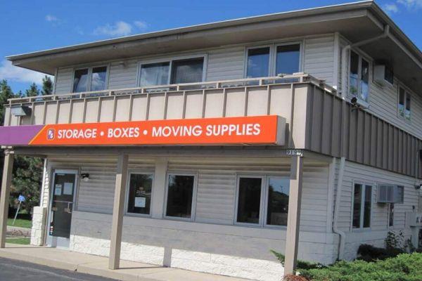 Public Storage - Brown Deer - 9199 N Green Bay Road 9199 N Green Bay Road Brown Deer, WI - Photo 0