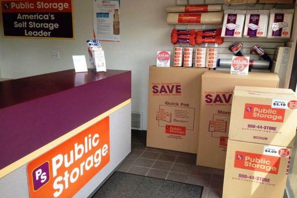 Public Storage - Gresham - 2730 NW Division St 2730 NW Division St Gresham, OR - Photo 2