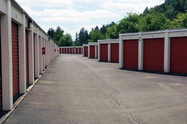 Public Storage - Gresham - 2730 NW Division St 2730 NW Division St Gresham, OR - Photo 1