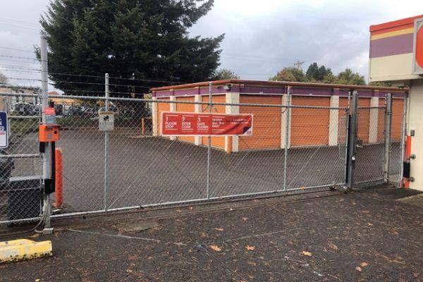 Public Storage - Portland - 13515 NE Prescott Court 13515 NE Prescott Court Portland, OR - Photo 3