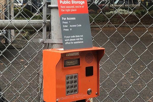 Public Storage - Portland - 13515 NE Prescott Court 13515 NE Prescott Court Portland, OR - Photo 4