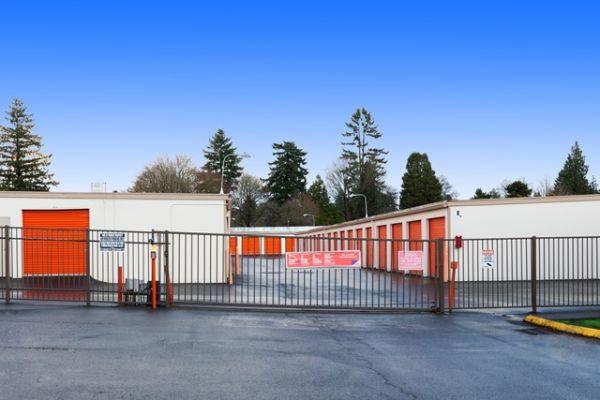 Public Storage - Portland - 2542 SE 105th Ave 2542 SE 105th Ave Portland, OR - Photo 3