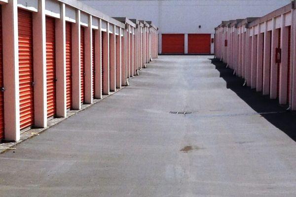 Public Storage - Gresham - 1421 E Powell Blvd 1421 E Powell Blvd Gresham, OR - Photo 1