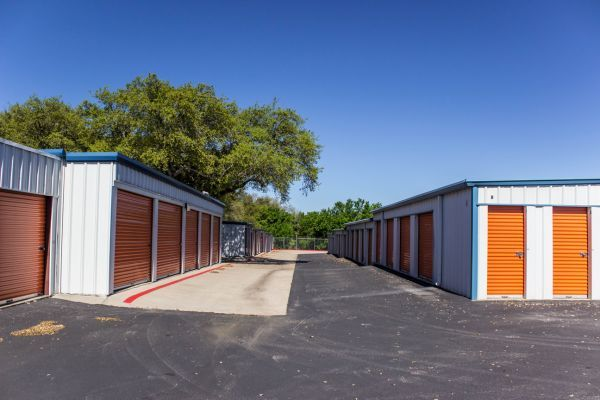 Panther Storage and Parking 15725 Tx-29 Liberty Hill, TX - Photo 2