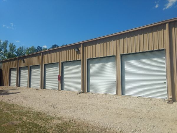 Dillon Storage Center 1107 Martin Luther King Junior Boulevard Dillon, SC - Photo 0