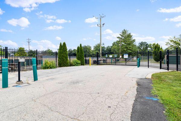 Prime Storage - Jeffersontown 9807 Taylorsville Road Louisville, KY - Photo 18