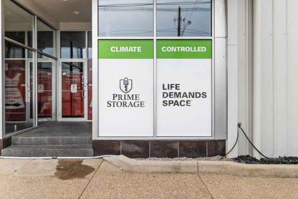 Prime Storage - Louisville E. Main Street 913 East Main Street Louisville, KY - Photo 5