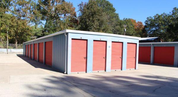 Kannapolis Self Storage - Lakeview 819 Lakeview Street Kannapolis, NC - Photo 3