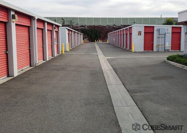 CubeSmart Self Storage - Long Beach - 2323 E. South St. 2323 East South Street Long Beach, CA - Photo 4