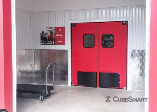 CubeSmart Self Storage - Teaneck 123 West Tryon Avenue Teaneck, NJ - Photo 4