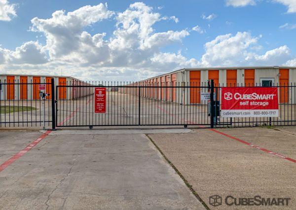 CubeSmart Self Storage - Victoria 3803 North Navarro Street Victoria, TX - Photo 3