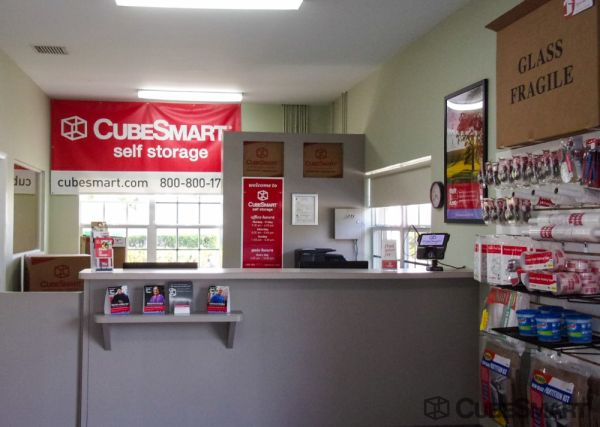 CubeSmart Self Storage - Port St. Lucie - 600 NW Airoso Blvd. 600 Northwest Airoso Boulevard Port Saint Lucie, FL - Photo 8