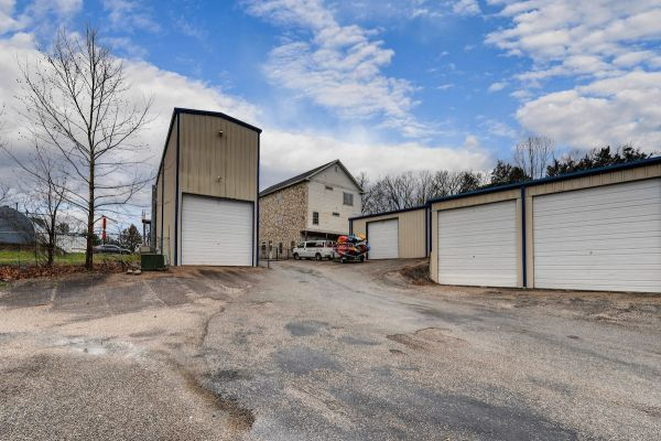 165 Marina View Storage, LLC 5403 Missouri 165 Branson, MO - Photo 1