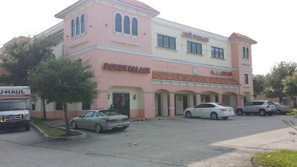 South Florida Ave Mini All Climate Controlled Storage 175 E Alamo Dr Lakeland, FL - Photo 2