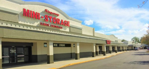 Kingsway Mini Storage 1281 Kingsway Rd Brandon, FL - Photo 4