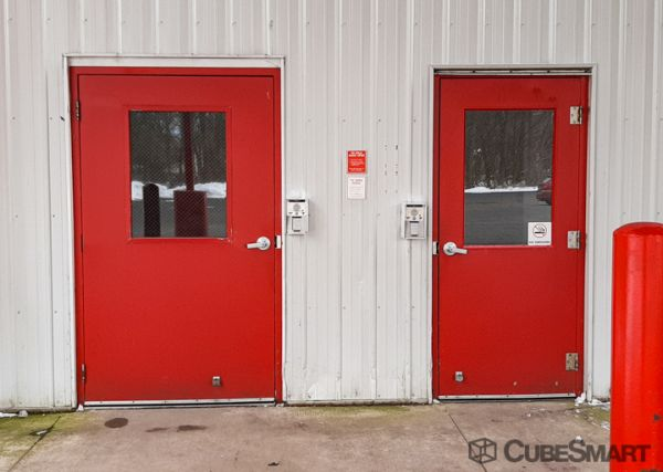 CubeSmart Self Storage - Grand Rapids 1236 Ball Avenue Northeast Grand Rapids, MI - Photo 2