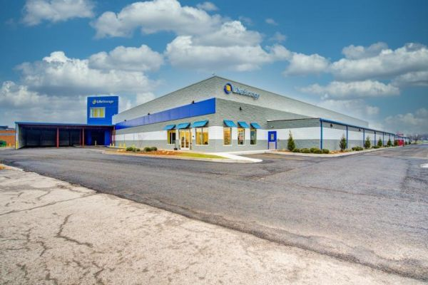 Life Storage - Rochester - 1575 Marketplace Drive 1575 Marketplace Drive Rochester, NY - Photo 3
