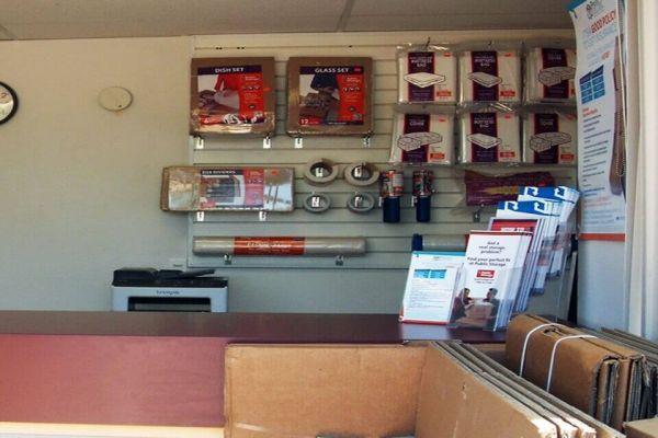 Public Storage - Chattanooga - 7822 E Brainerd Road 7822 E Brainerd Road Chattanooga, TN - Photo 2