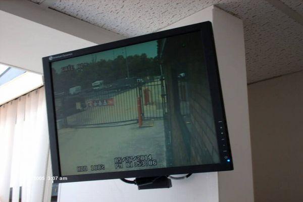 Public Storage - Chattanooga - 7822 E Brainerd Road 7822 E Brainerd Road Chattanooga, TN - Photo 3