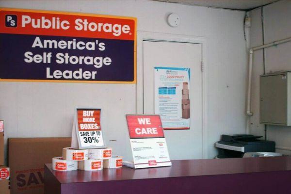 Public Storage - Hixson - 1015 Gadd Road 1015 Gadd Road Hixson, TN - Photo 2