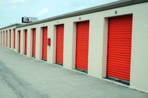 Public Storage - Hixson - 1015 Gadd Road 1015 Gadd Road Hixson, TN - Photo 1