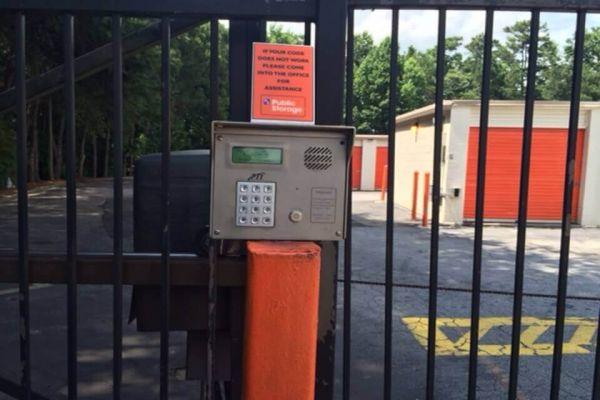 Public Storage - Decatur - 4200 Snapfinger Woods Drive 4200 Snapfinger Woods Drive Decatur, GA - Photo 4