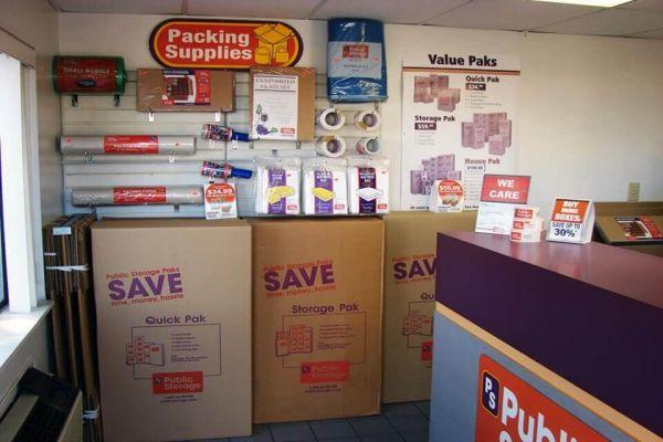 Public Storage - Marietta - 895 Cobb Parkway North 895 Cobb Parkway North Marietta, GA - Photo 2