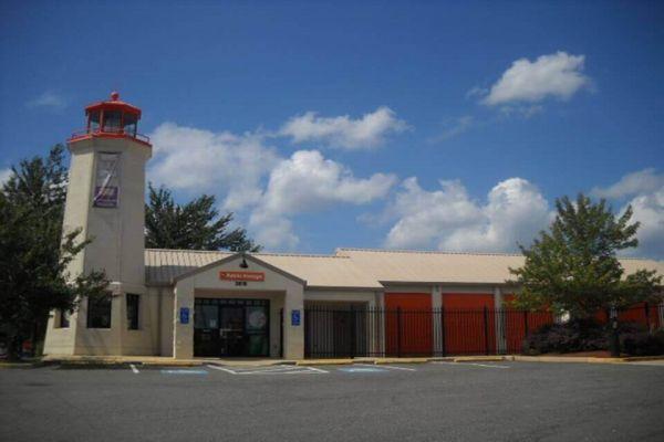 Public Storage - Fairfax - 8523 Lee Hwy 8523 Lee Hwy Fairfax, VA - Photo 0