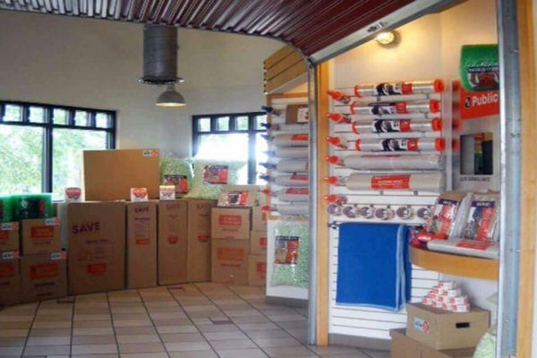 Public Storage - Fairfax - 8523 Lee Hwy 8523 Lee Hwy Fairfax, VA - Photo 2
